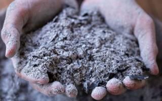 Удобрение грунта древесной золой